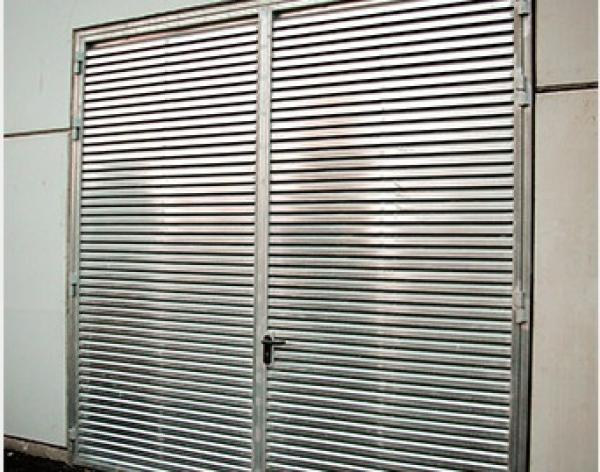 Puertas automaticas malaga capital puertas - Puertas metalicas malaga ...