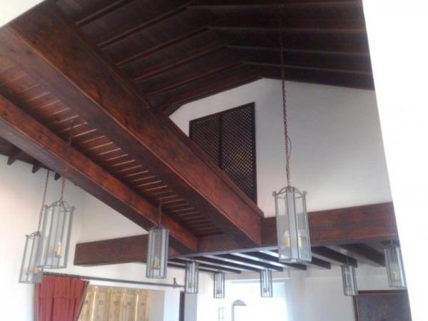 Muebles de cocina fuengirola malaga carpinteria de madera en fuengirola - Vigas de madera malaga ...