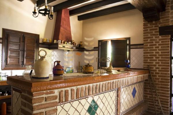 Azulejos y pavimentos marbella malaga baldosas de for Baldosas rusticas